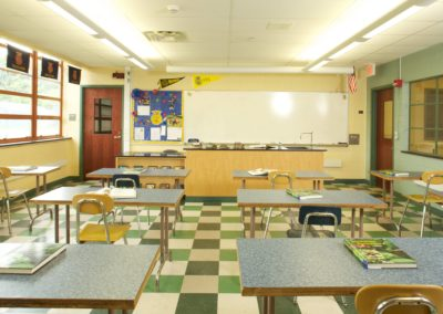 Mount Union - MUJSHS ~ Jr Sr High - Interior Classroom5 [MKH]